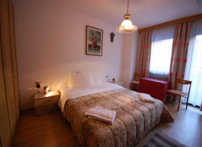 Ciasa Ines T3 - camera da letto 2 - Agenzia Table