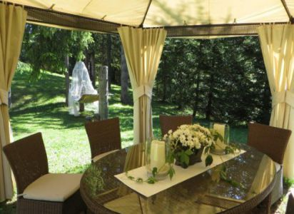 Agenzia Table Rosmary's Chalet Corvara Dolomiti
