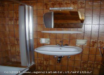 Ciasa Ines T4 - bagno - Agenzia Table