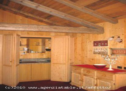Agenzia Table Corvara Dolomiti Baita Pires