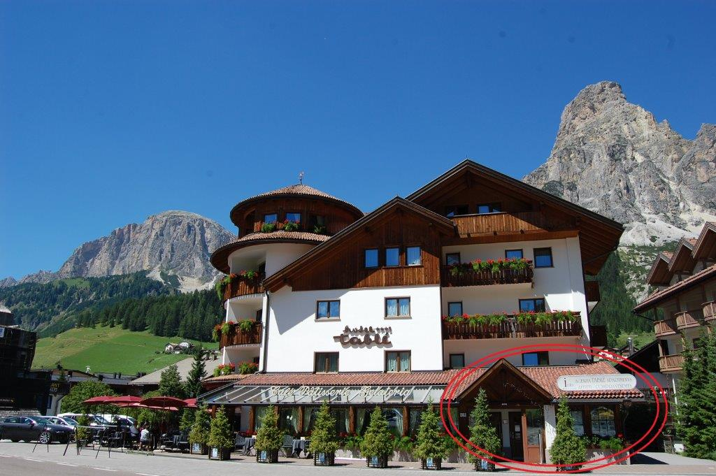 Agenzia Immobiliare Tablé Apartments - Corvara in Alta Badia - Alto ...